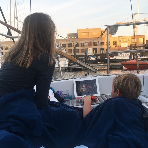 segelboot_außergewöhnliche_übernachtung_familie